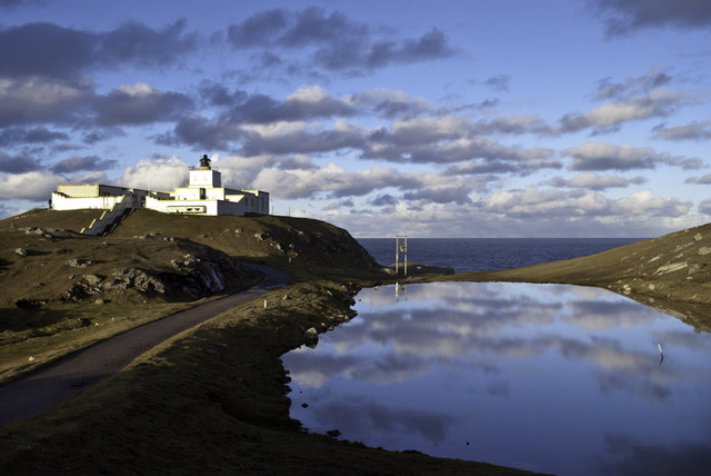 AAA-Strathy-Point-Lighthouse-Peter-Moore