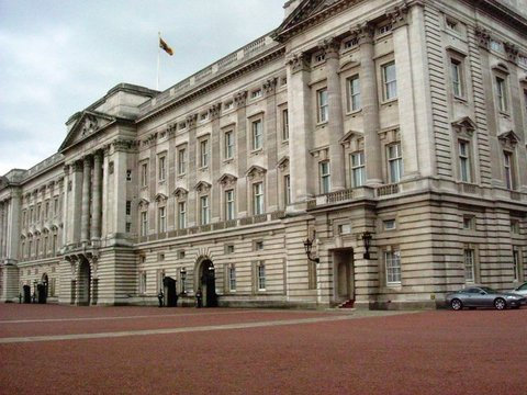 AA A Buckingham Palace - Phillip Perry