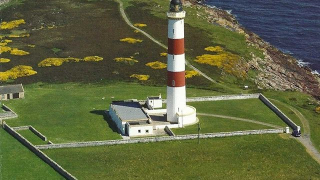 aa-a-tarbat-ness-lighthouse